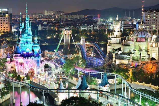 Lotte world night full view