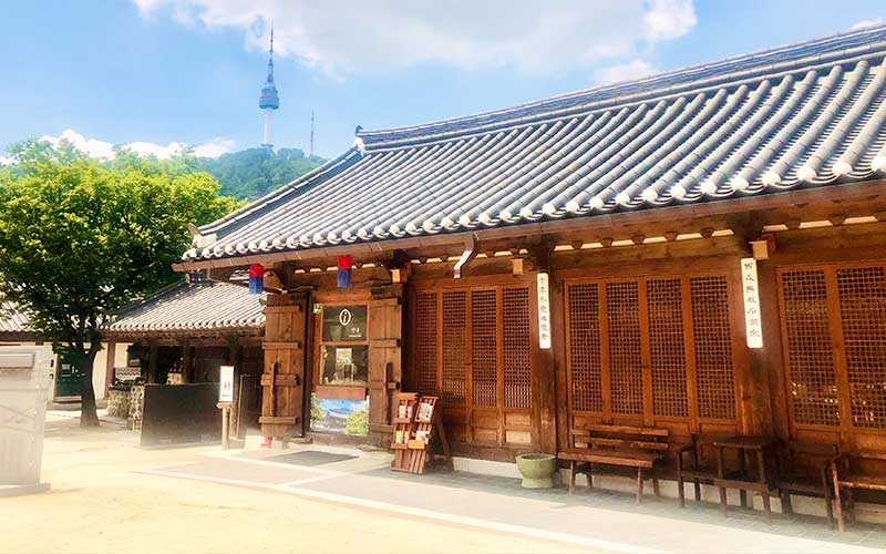 Hanok Stay in Seoul, Korea