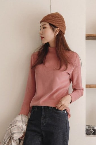 Colored Mock-Neck Napped T-Shirt