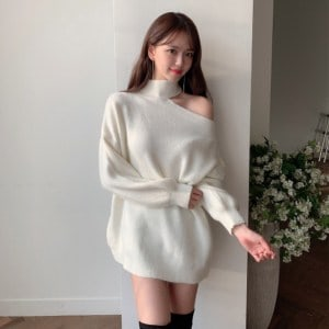 One-Shoulder Long Knit Sweater