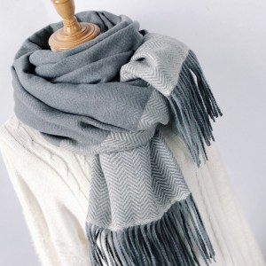 Souland - Patterned Knit Scarf