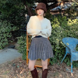 chuu - Houndstooth Mini Pleat Skirt