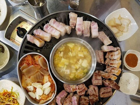 Korean BBQ - Things to do at night in Seoul