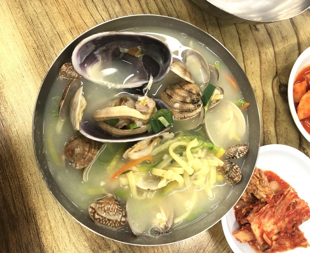 What to eat in Korean beach
